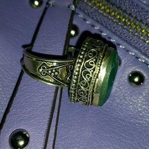 Sterling silver ring green stone